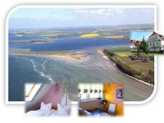 DAS KLEINE DORNRÖSCHEN (über 2 Etagen) - die romantische Ferienwohnung auf der Insel Poel (Ostsee) in Gollwitz