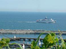 BERNSTEIN mit Balkon und Meerblick dicht am Meer in Sassnitz