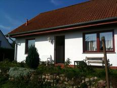 Haus Woelki in Neuendorf (Rügen)
