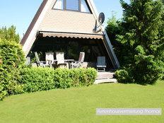 Zeltdachhaus im Ostseebad Damp in Damp
