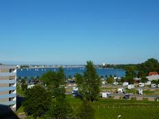 Ferienwohnung im 6. OG mit Binnenseeblick in Heiligenhafen