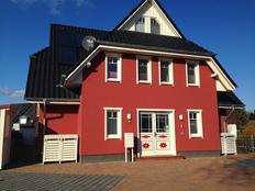 Pier 12 in Zingst