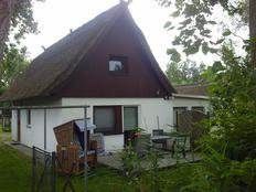 *Ferienhaus -Meeresrauschen ca.100m vom Strand* in Dierhagen