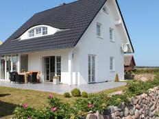 Ferienhaus-Rügen-Hahn in Dranske-Lancken