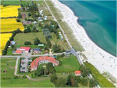 B 3/ Ferienwohnung mit Meerblick, Schwimmbad/Sauna und Strandkorb in Kronsgaard