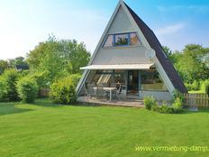 Zeltdachhaus mit viel Komfort in Damp