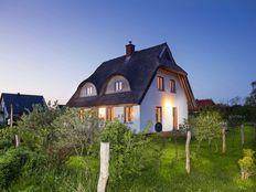 Haus Ortrud in Lancken