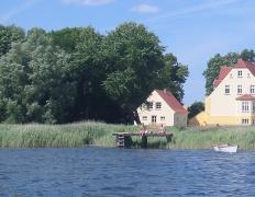 Ferienhaus Remise Gut Grubnow Rügen in Neuenkirchen