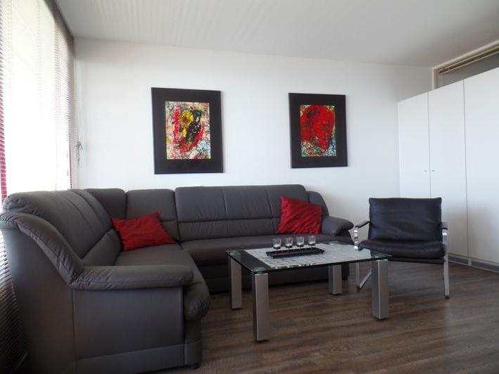 sonnige fewo mit ostseeblick app 463 11 etage. Black Bedroom Furniture Sets. Home Design Ideas