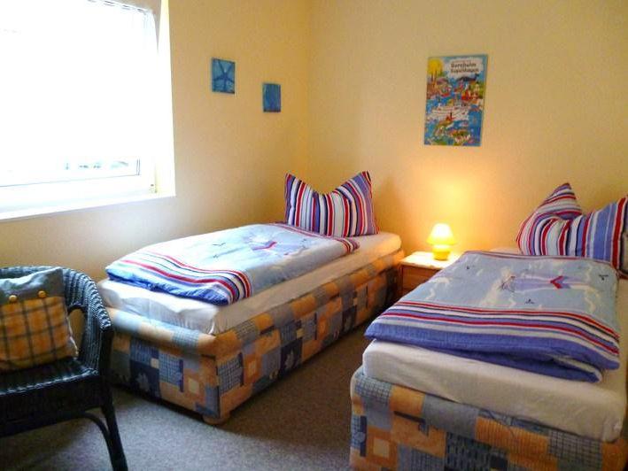 ferienhaus welf nickel landhausstube. Black Bedroom Furniture Sets. Home Design Ideas