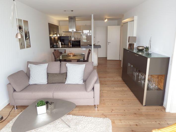 sterntaucher in hohwacht ostseeklar. Black Bedroom Furniture Sets. Home Design Ideas