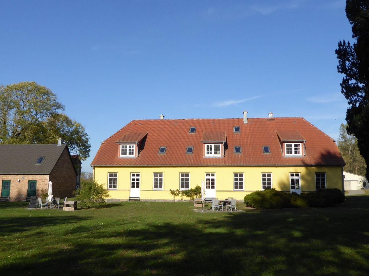 Gut Rattelvitz Parterre B, Hochwertig, Sauna, Kamin
